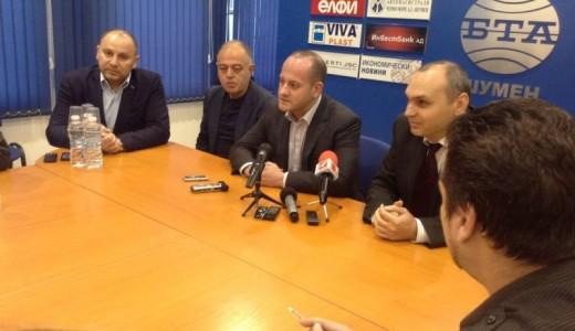 Радан Кънев на пресконференция в Шумен