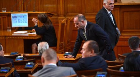 Радан Кънев: Ако ГЕРБ често разчита на ДПС и АБВ, ще погуби този парламент